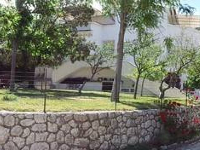 Obiteljska vila na mirnoj lokaciji, sa pogledom na more