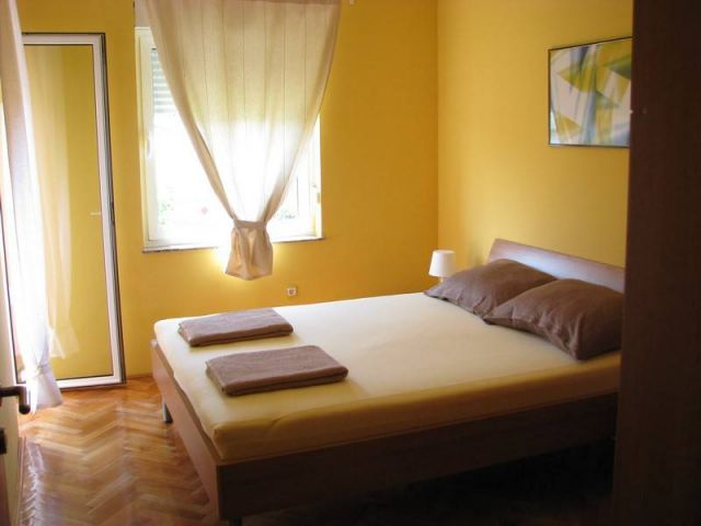 Rab, Kampor, kuća sa apartmanima