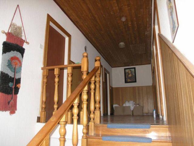 Rab, starija obiteljska kuća prvi red do mora, CIJENA: NA UPIT