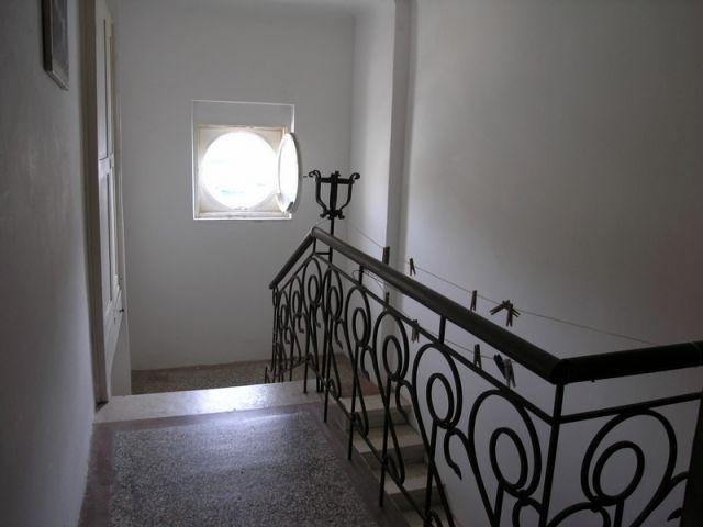 Rab, stari grad, etaža kamene vile sa mansardom na vrhunskoj lokaciji, SNIŽENA CIJENA!