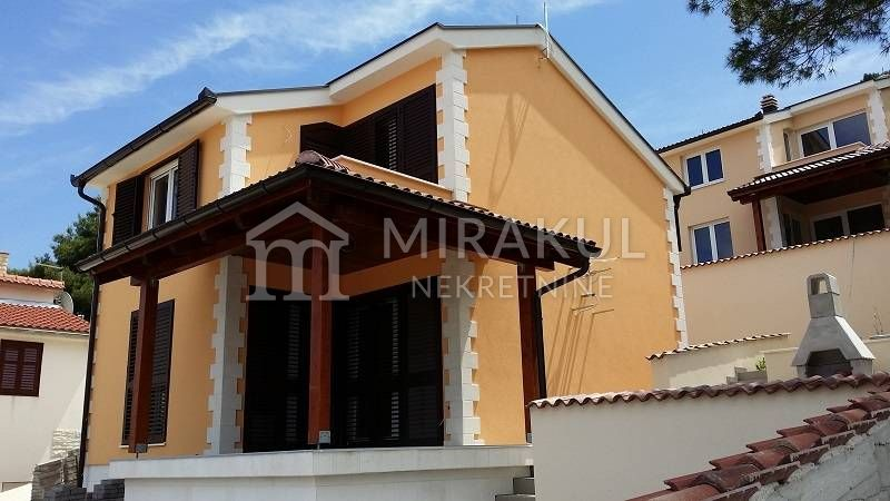 Properties Sparadici Sibenik, house, Mirakul Real Estate agency, ID - KS - 374, house 20m from sea