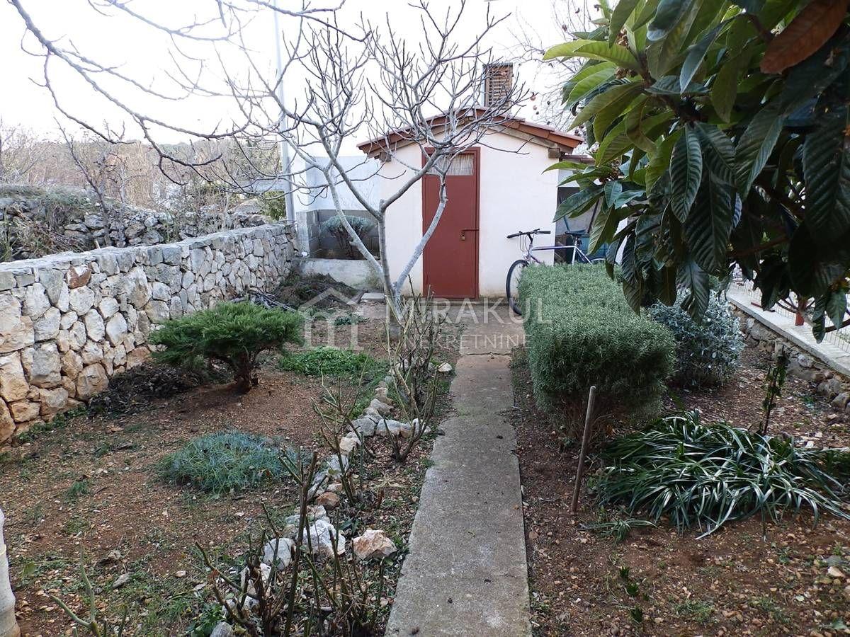 Nekretnine Jezera, Prodaja obiteljska kuće sa vrtom, KJ-340, Mirakul nekretnine 1