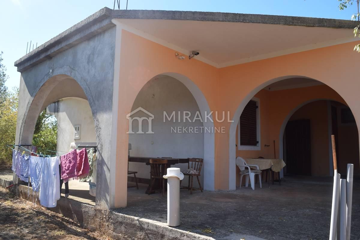 Properties Jezera Croatia, house, Mirakul Real Estate agency, ID - KJ - 412, House on the big plot