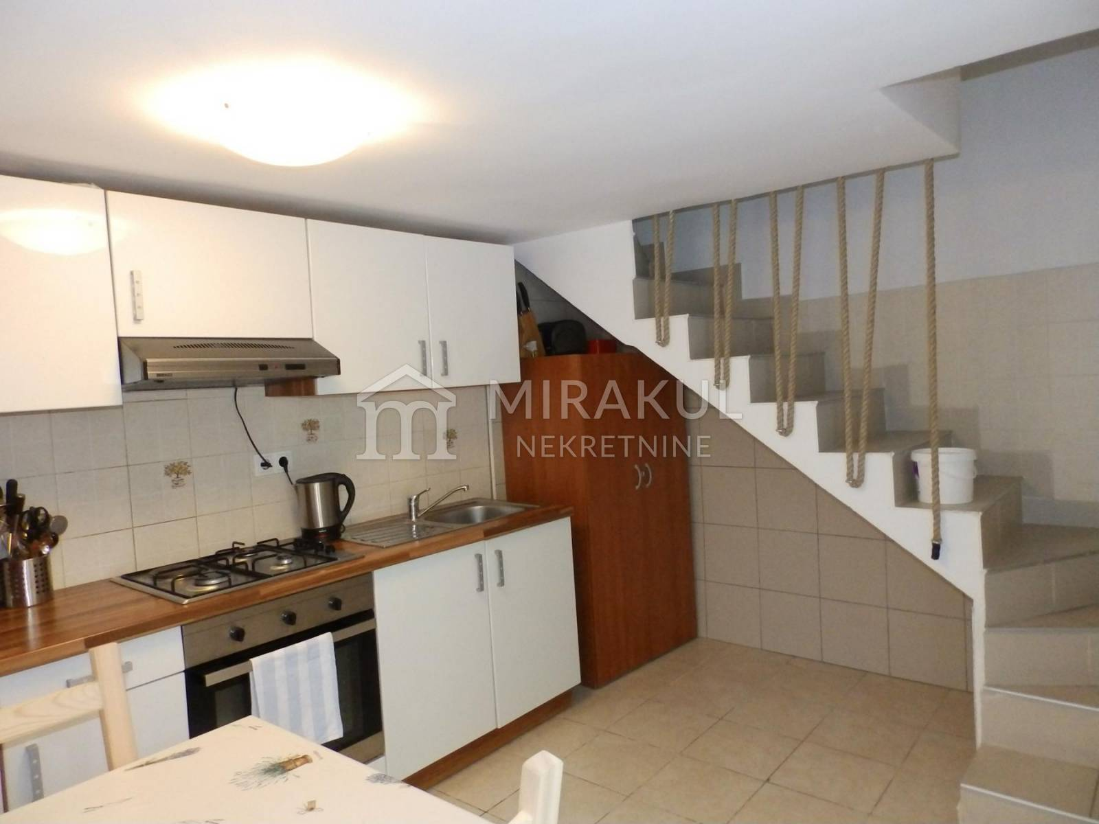 Croatia - Murter, Two storey apartment in the center near the sea