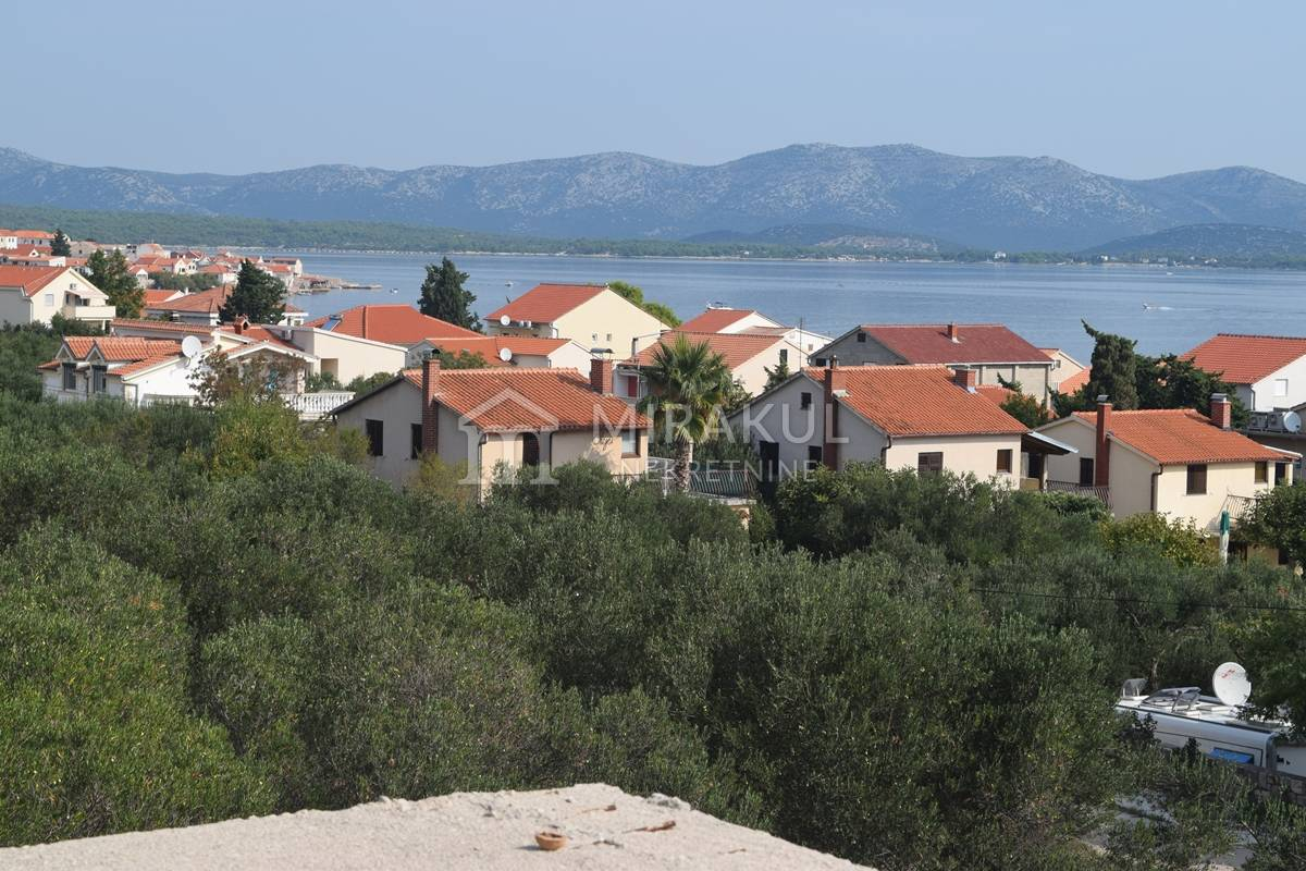 Properties Betina Croatia, house, Mirakul Real Estate agency, ID - KB – 440, An unfinished house in the second row to the sea