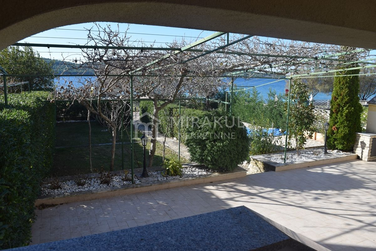 Properties Zablaće Croatia, house, Mirakul Real Estate agency, ID - KZ - 445, House first row to the sea