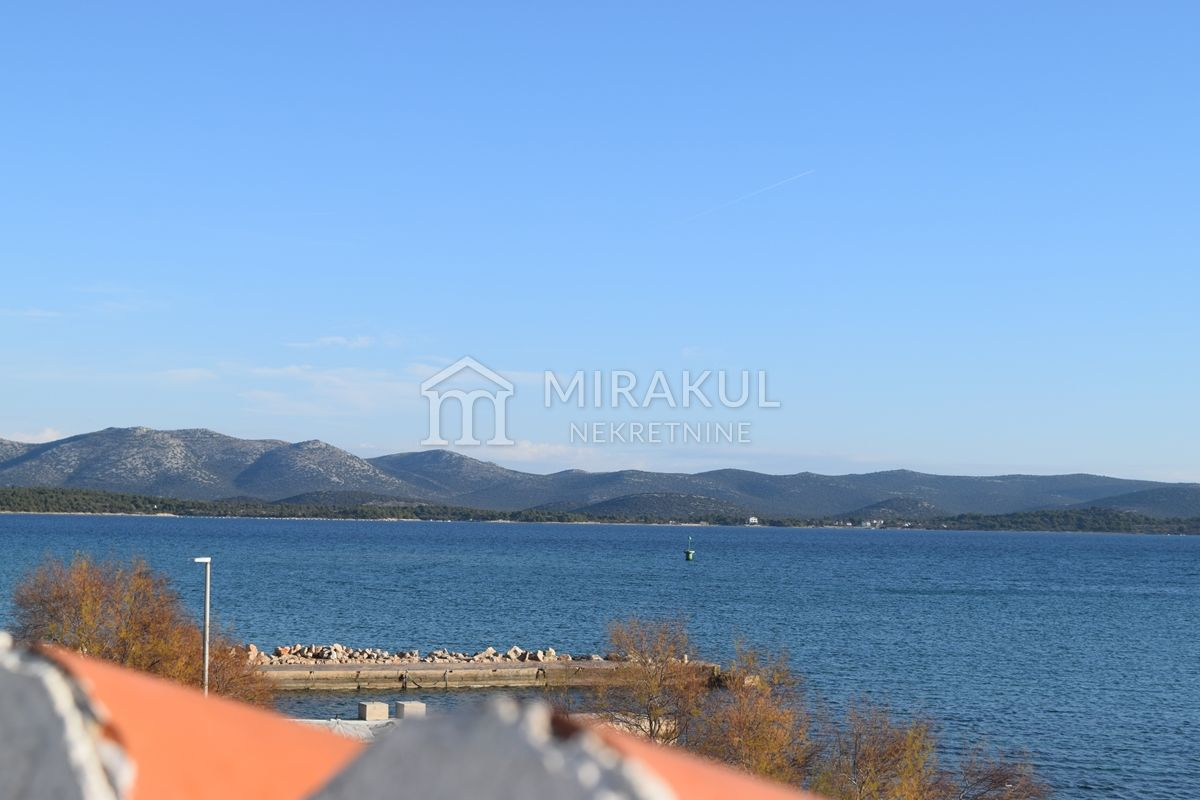 Properties Betina, house, Mirakul Real Estate agency, ID - KB - 454, Residential building first row to the sea