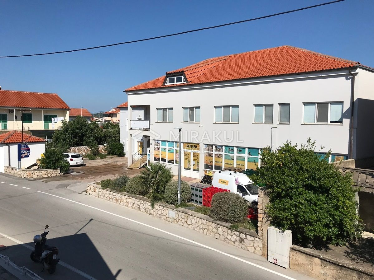 Properties island of Murter Croatia, house, Mirakul Real Estate agency, ID - KM - 455, Residential business building on a superb location