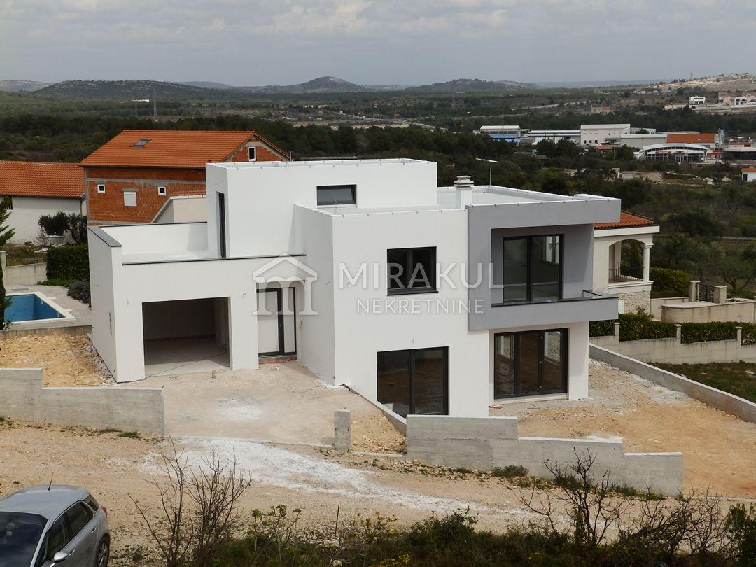 Nekretnine Vodice, Prodaja moderne vile sa panoramskim pogledom KV-464, Mirakul nekretnine