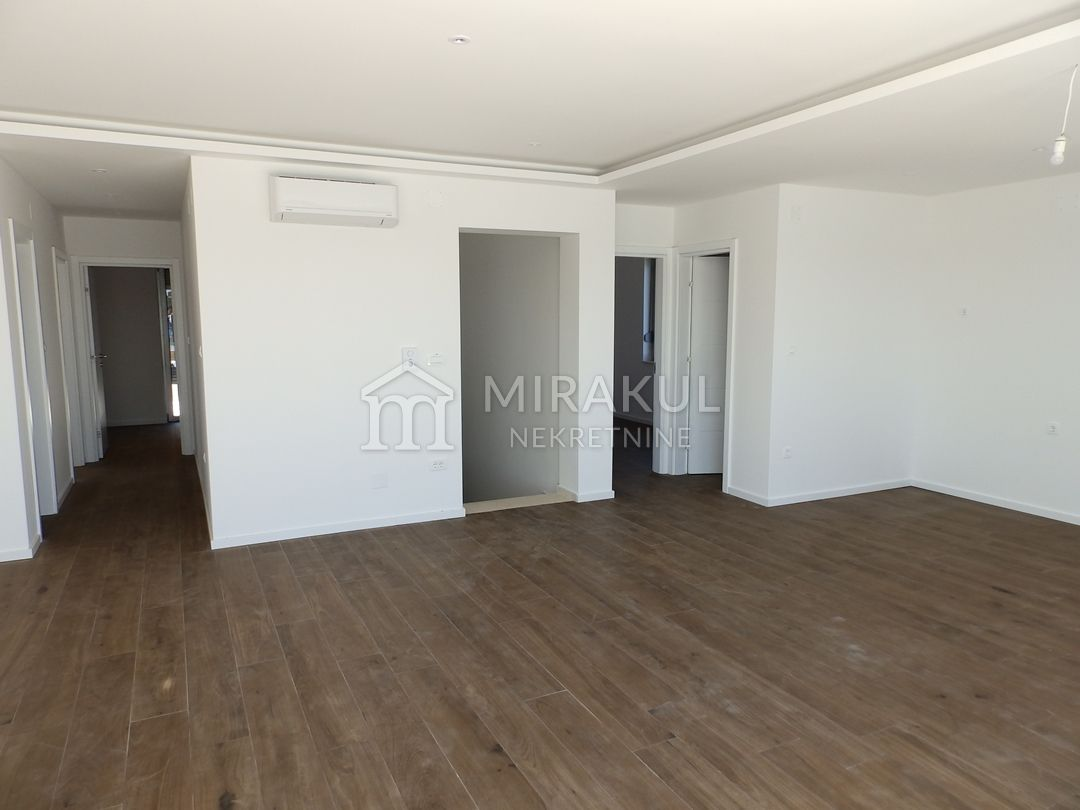 Properties Betina Tisno Croatia, flat, Mirakul Real Estate agency, ID - AB-644,  Penthouse in the first row with a panoramic view