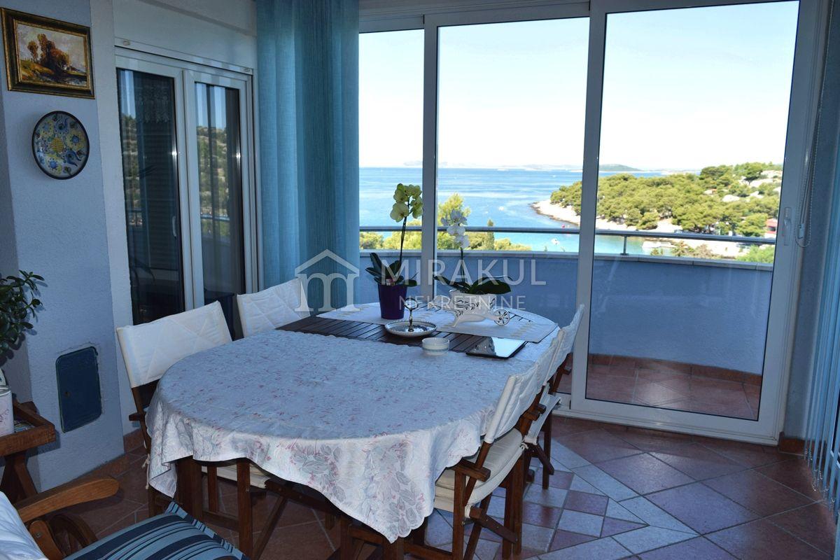 Murter, Villa mit herrlichem Blick auf das Meer