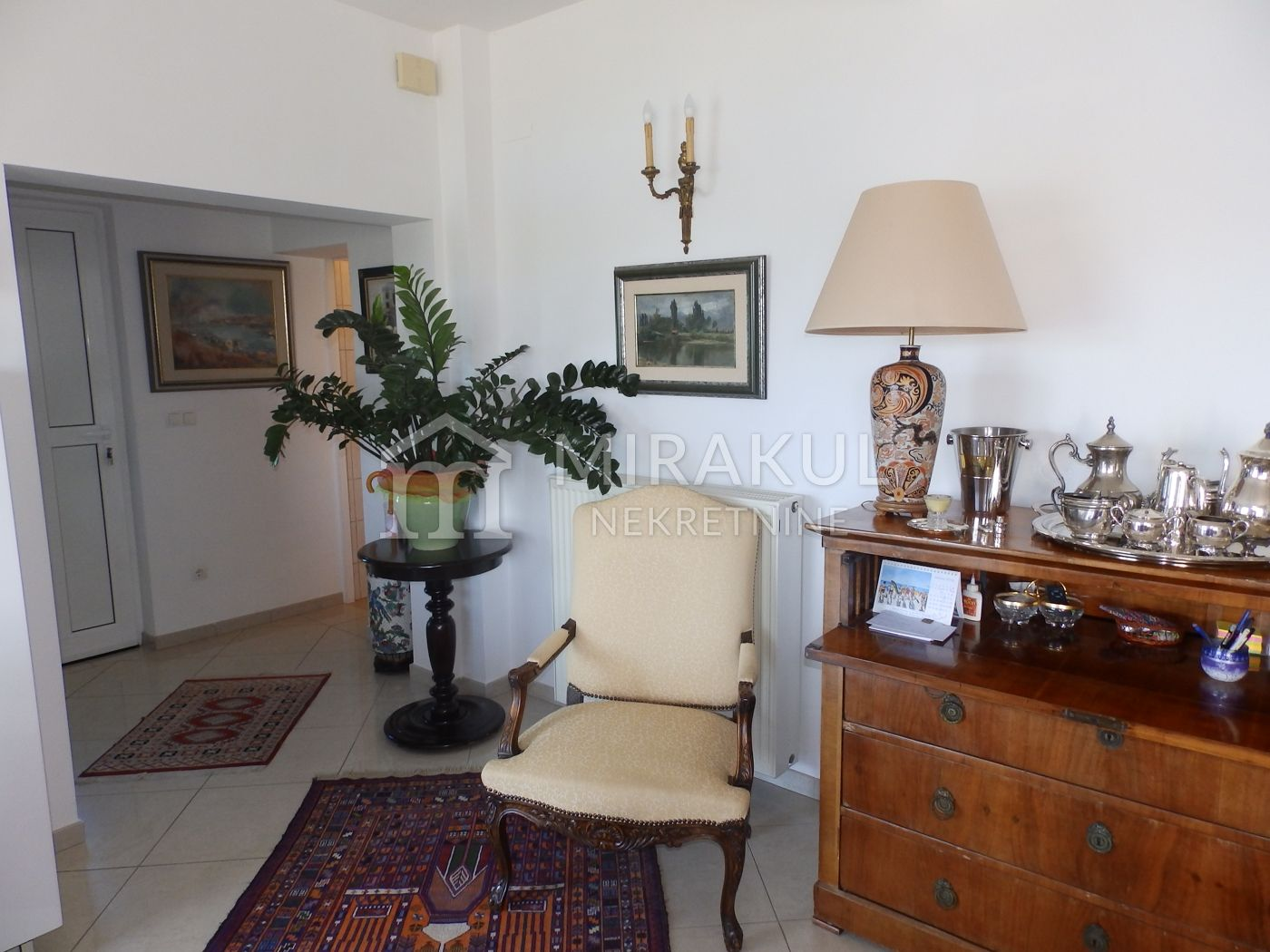 Nekretnine Tisno, kuća, Mirakul nekretnine, ID - KT-496, Luksuzna kuća blizu mora 1