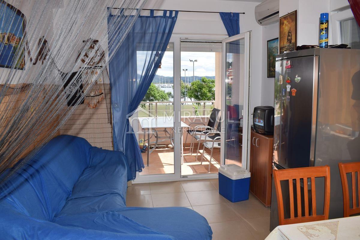 Immobilien Betina, 2-Zimmer-Wohnung, 1. Reihe vom Strand