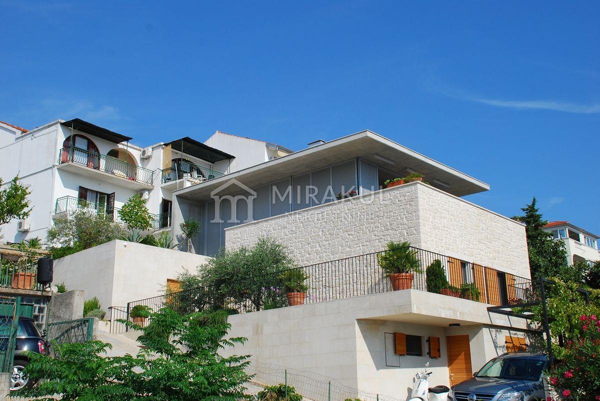 Immobilien Tisno, Verkauf von exklusiver, designer Villa nahe dem Meer KT-491, Mirakul Immobilien