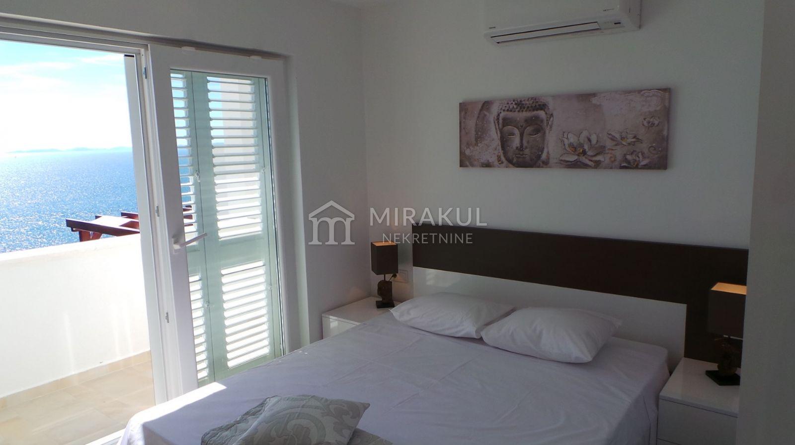 Murter, Luksuzan stan sa panoramskim pogledom na kornatsko otočje - S1