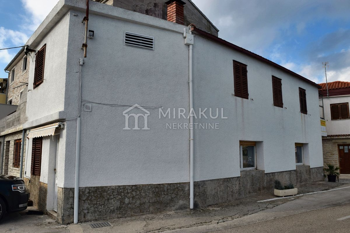 Nekretnine Tisno, kuća, Mirakul nekretnine, ID - KT-514, Kuća sa građevinskom dozvolom 1