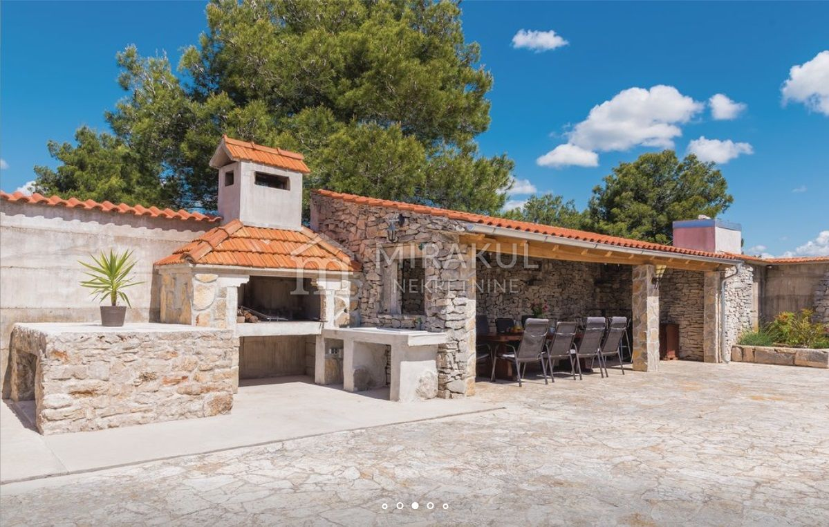 Properties Vodice Croatia, house, Mirakul Real Estate agency, ID - KG-515, House with pool and restaurant 7