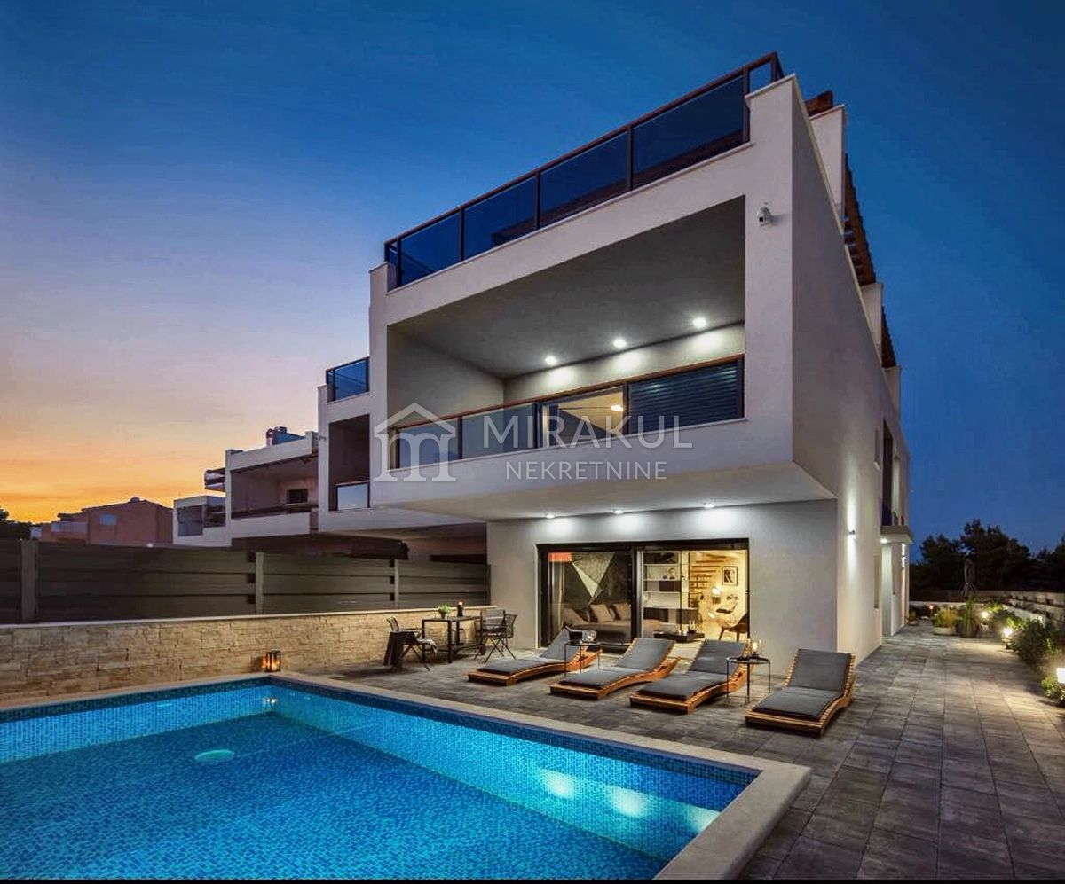 Properties Srima Croatia, flat, Mirakul Real Estate agency, ID - AS-717, Exclusive apartment with swimming pool 2