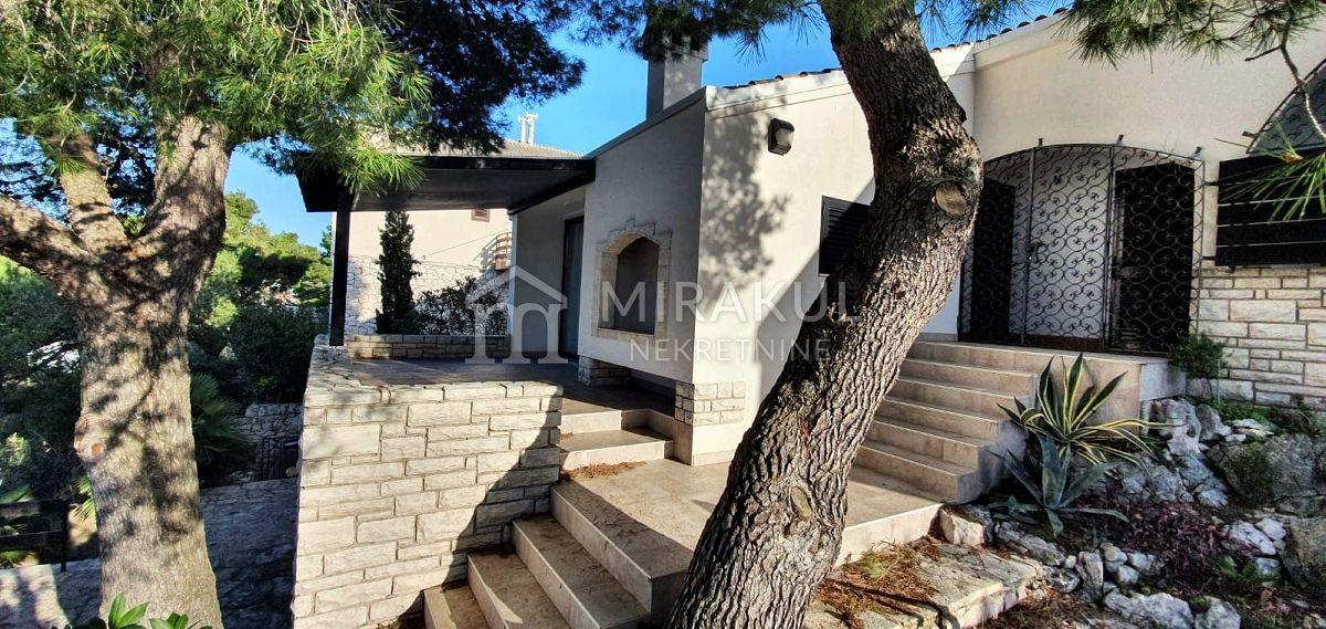 Nekretnine Tisno, prodaja kuće kraj mora KT-530, Mirakul nekretnine 3