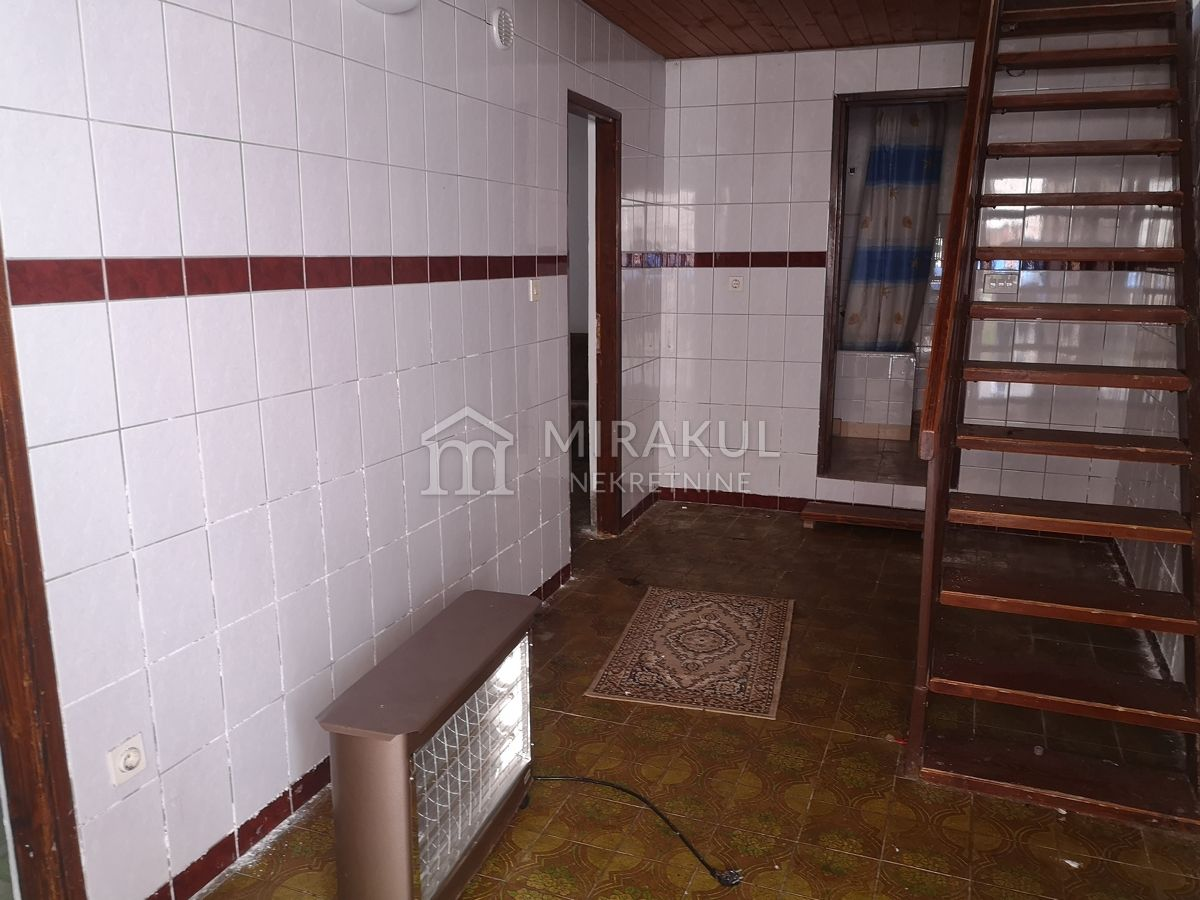 Real estate Murter, Old stone house for renovation for sale, 20 meters from the sea, KM-536, Mirakul real estate 3