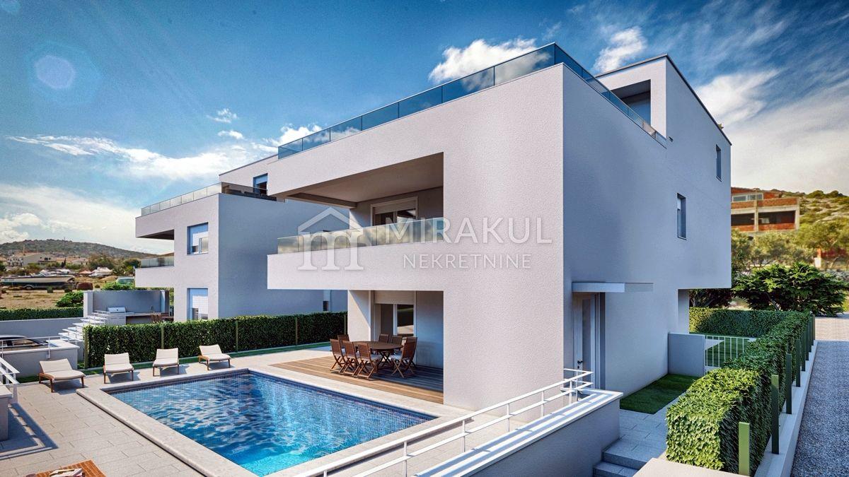 Nekretnine Murter, Stan u prvom redu do mora sa ekskluzivnim pogledom i tri terase, AM-739, Mirakul nekretnine