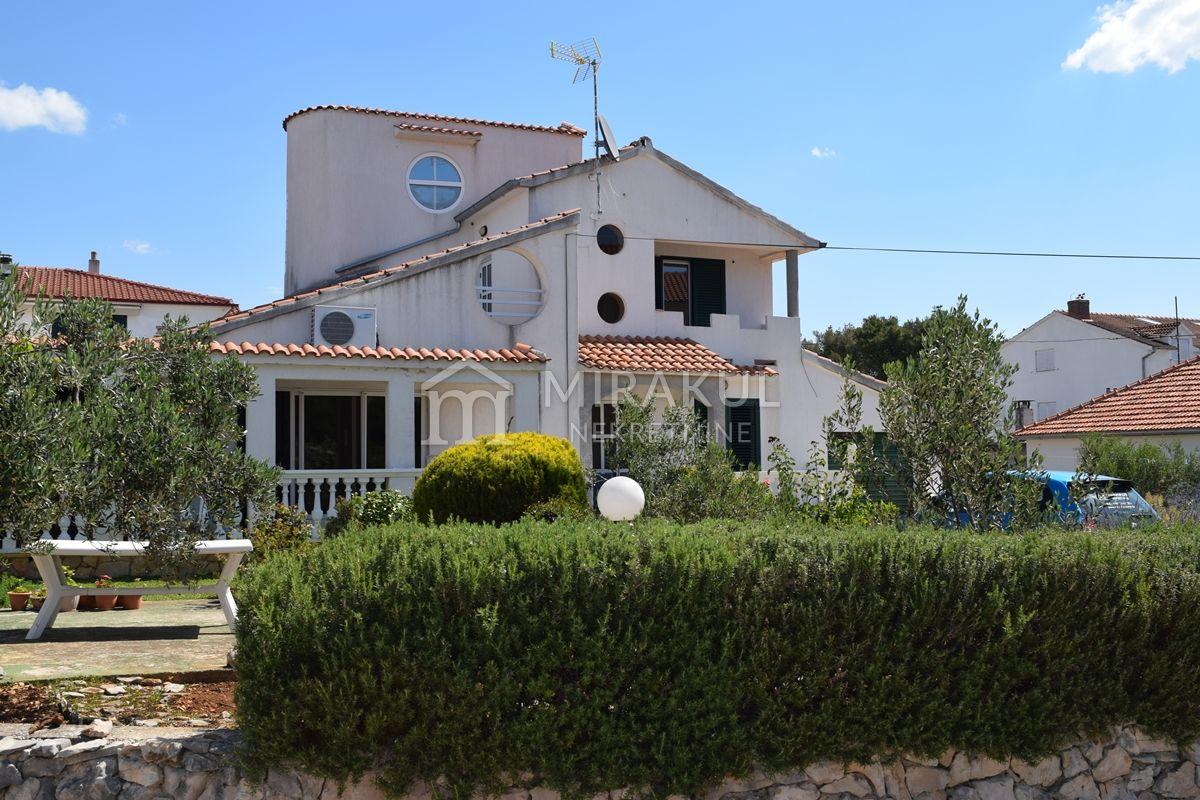 Brodarica Ingatlan, Eladó két ház a tenger közelében, KB-539, Mirakul Ingatlanok 2