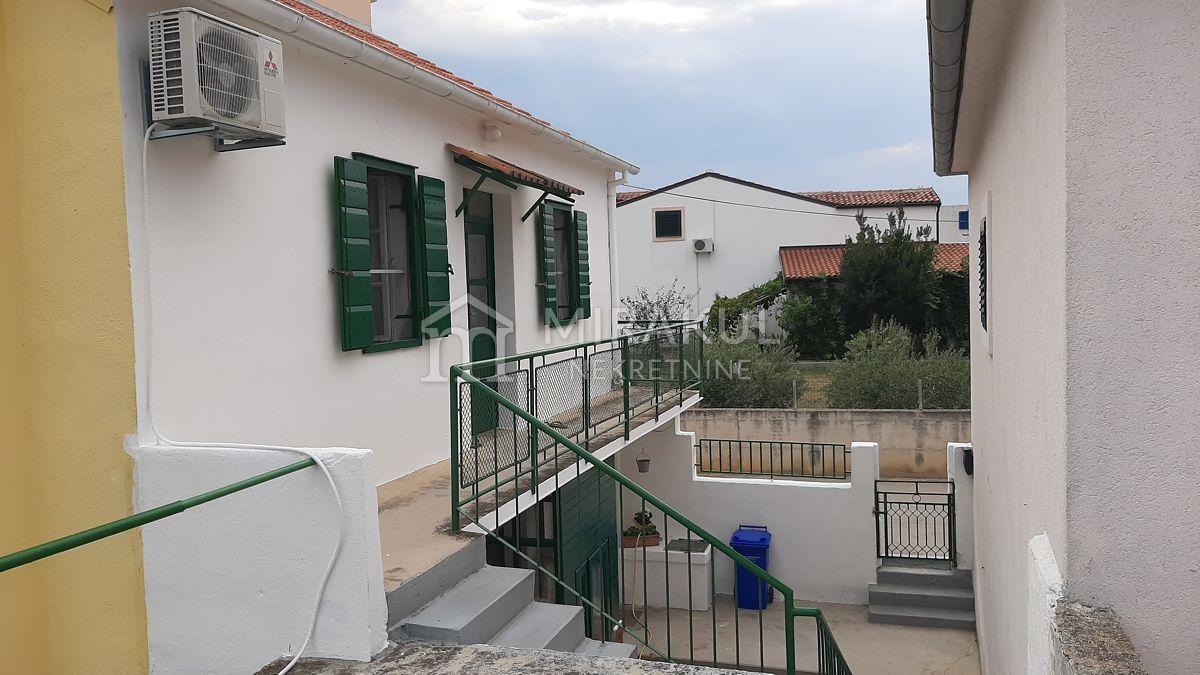 Murter Ingatlan, Eladó családi ház a tenger közelében, KM-541, Mirakul Ingatlanok 3