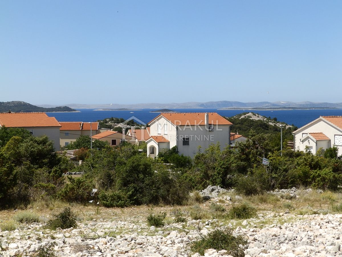 Nekretnine Drage, Građevinsko zemljište sa panoramskim pogledom na more
