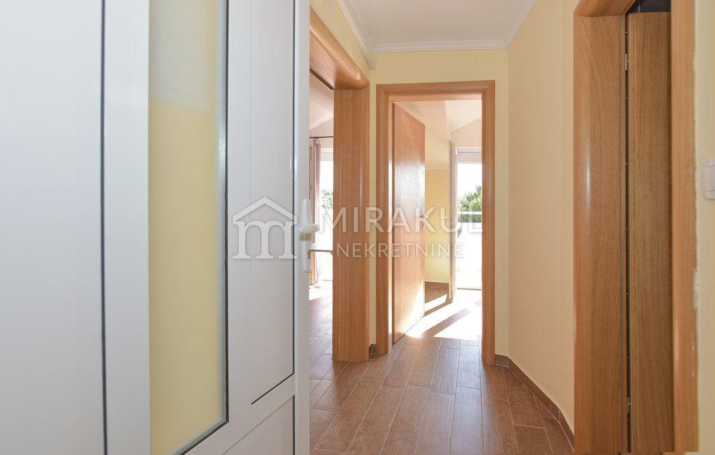 Nekretnine Jezera, Prodaja apartmanske kuće sa 11 stambenih jedinica, KJ-549, Mirakul Nekretnine 2