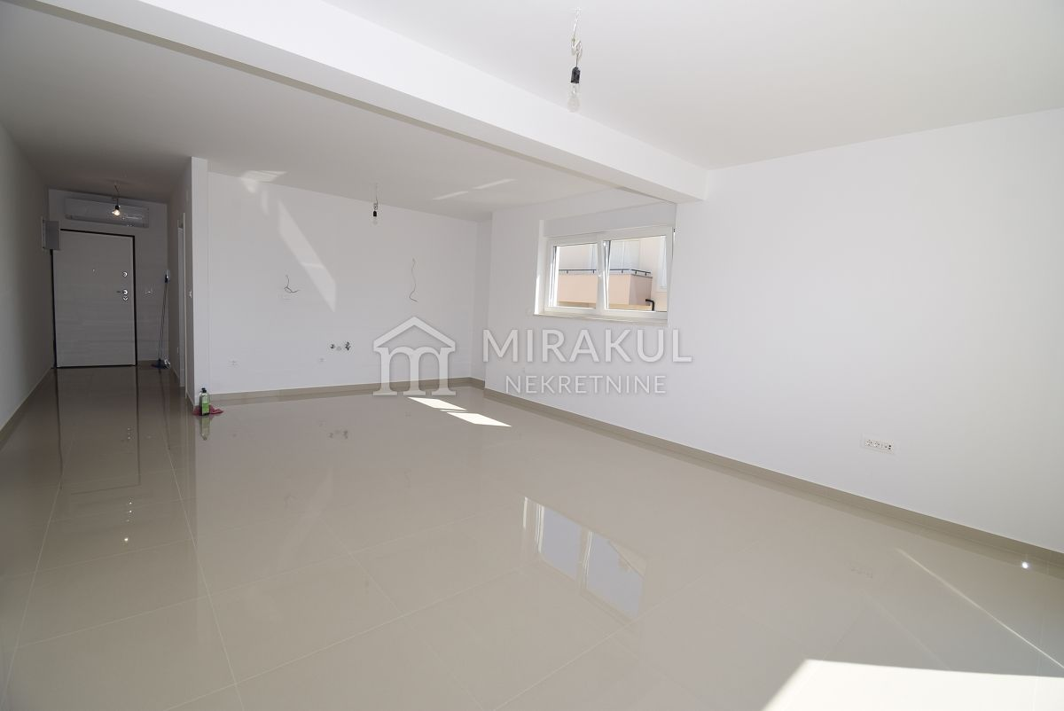 Real estate Vodice, Three bedroom apartment for sale in a new building near the sea and the beach, AV-763, Mirakul real estate 4