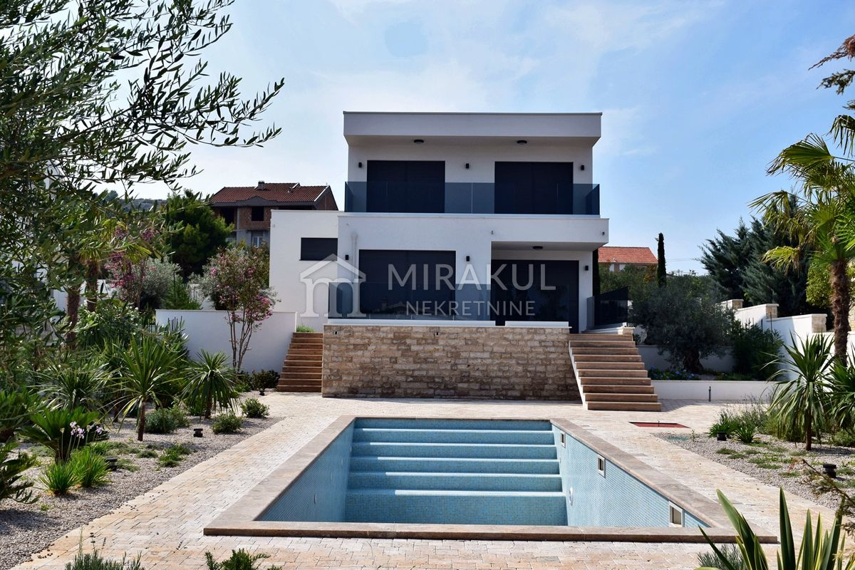 Immobilien Murter, Luxus Villa Kasela mit Panoramablick und Pool