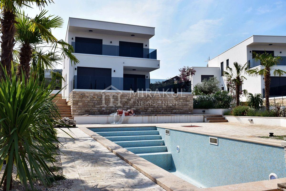 Immobilien Murter, Luxus Villa Lunga mit Panoramablick und Pool