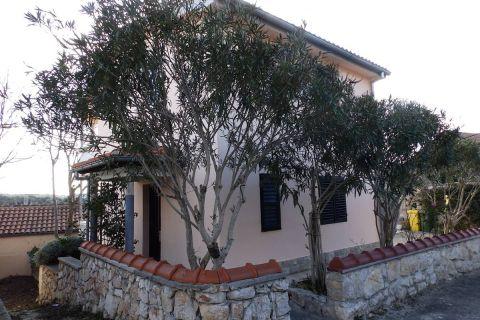 Nekretnine Jezera, Prodaja obiteljska kuće sa vrtom, KJ-340, Mirakul nekretnine 2