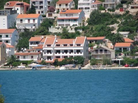 Nekretnine Tisno, Prodaja hotela u prvom redu do mora, PPT-02, Mirakul nekretnine 2