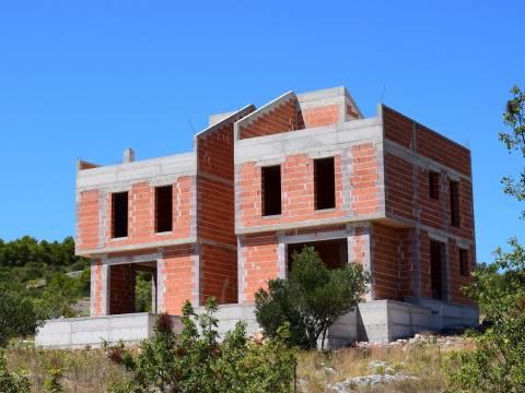 Vodice - Croatia, Rohbau duplex house with garden