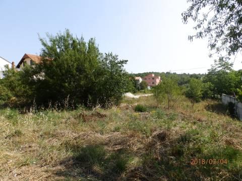 Nekretnine Tisno, zemljište, Mirakul nekretnine, ID - GT - 279, Građevinsko zemljište blizu mora