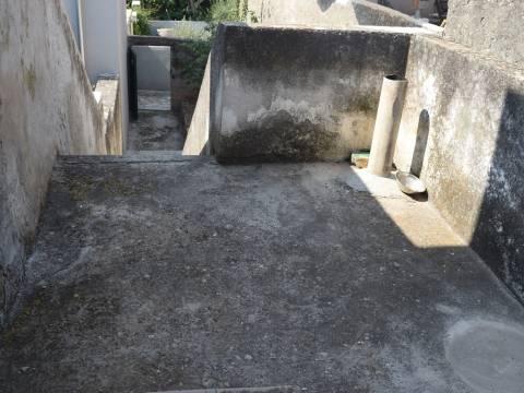 Croatia - Jezera, House with a spacious yard, for renovation