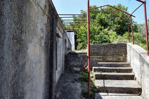 Ingatlan Tisno Horvátország, ház, Mirakul ingatlaniroda, ID - KT-480, Prizemnica u starom dijelu mjesta, blizina mora