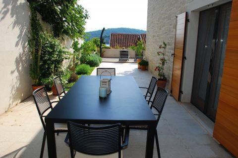 Immobilien Tisno Kroatien, Haus, Mirakul Immobilienagentur, ID - KT-491, Exklusive Familienvilla 60 m vom Meer entfernt
