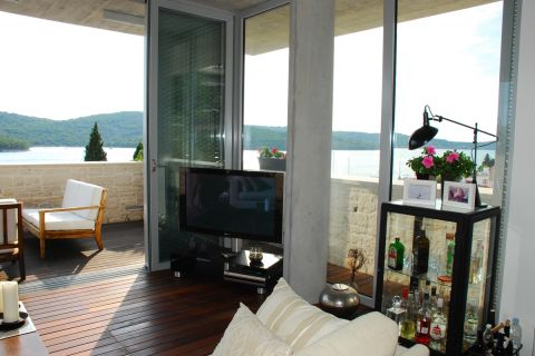 Immobilien Tisno, Verkauf von exklusiver, designer Villa nahe dem Meer KT-491, Mirakul Immobilien 3