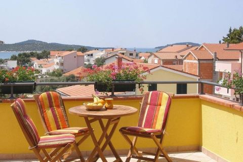 Immobilien Žaborić, Verkauf von Villa mit Pool nahe dem Meer KŽ-504, Mirakul Immobilien 3