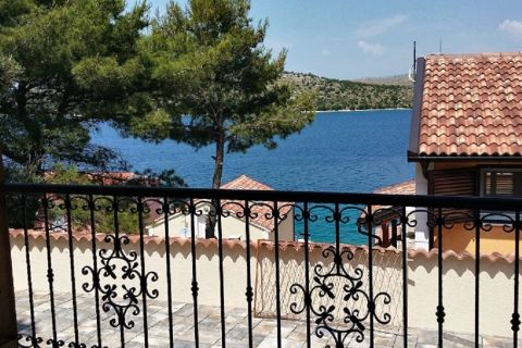 Croatia - Šparadići, Family house in the third row by the sea with a large garden