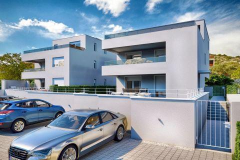 Nekretnine Murter, Prodaja stana sa terasom u prvom redu do mora sa pogledom na more, AM-738, Mirakul nekretnine 1