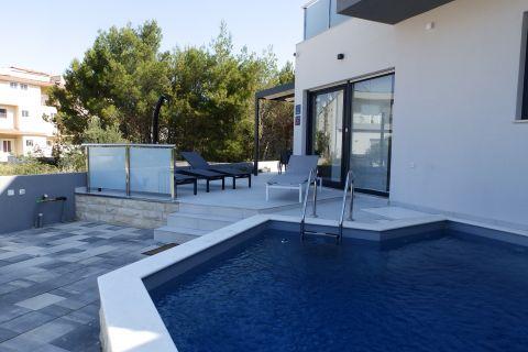 Nekretnine Srima, Prodaja luksuzne novogradnje sa bazenom, AS-751, Mirakul Nekretnine 1