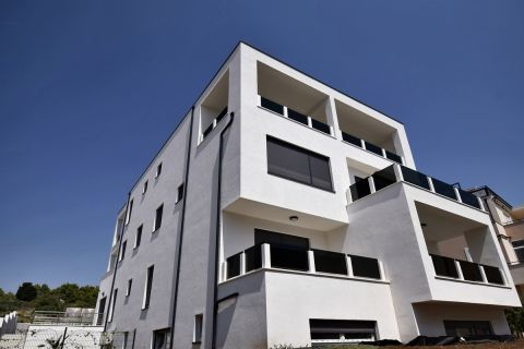 Real Estate Vodice, Two bedroom flat on the ground floor - SJ2