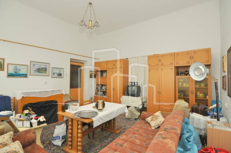 Trosoban stan prodaja Trg Austije