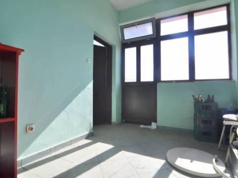 Renoviran Poslovni prostor iznajmljivanje Humska