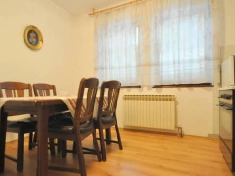 Trosoban namješten stan za najam Baščaršija