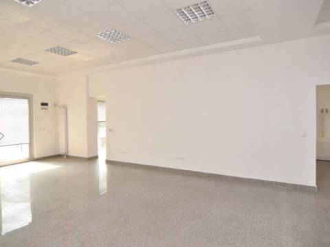 Višenamjenski poslovni prostor prodaja Tibra 1