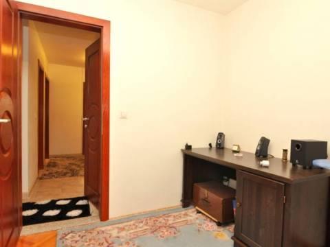 Četverosoban potpuno renoviran i namješten stan prodaja Dobrinja